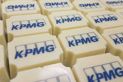 business chocolates personalized, personalised business chocolates, business logo chocolates