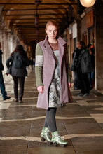 Laden Sie das Bild in den Galerie-Viewer, Coat Pink Green