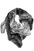 Laden Sie das Bild in den Galerie-Viewer, Silk Scarf Ice-Crystal