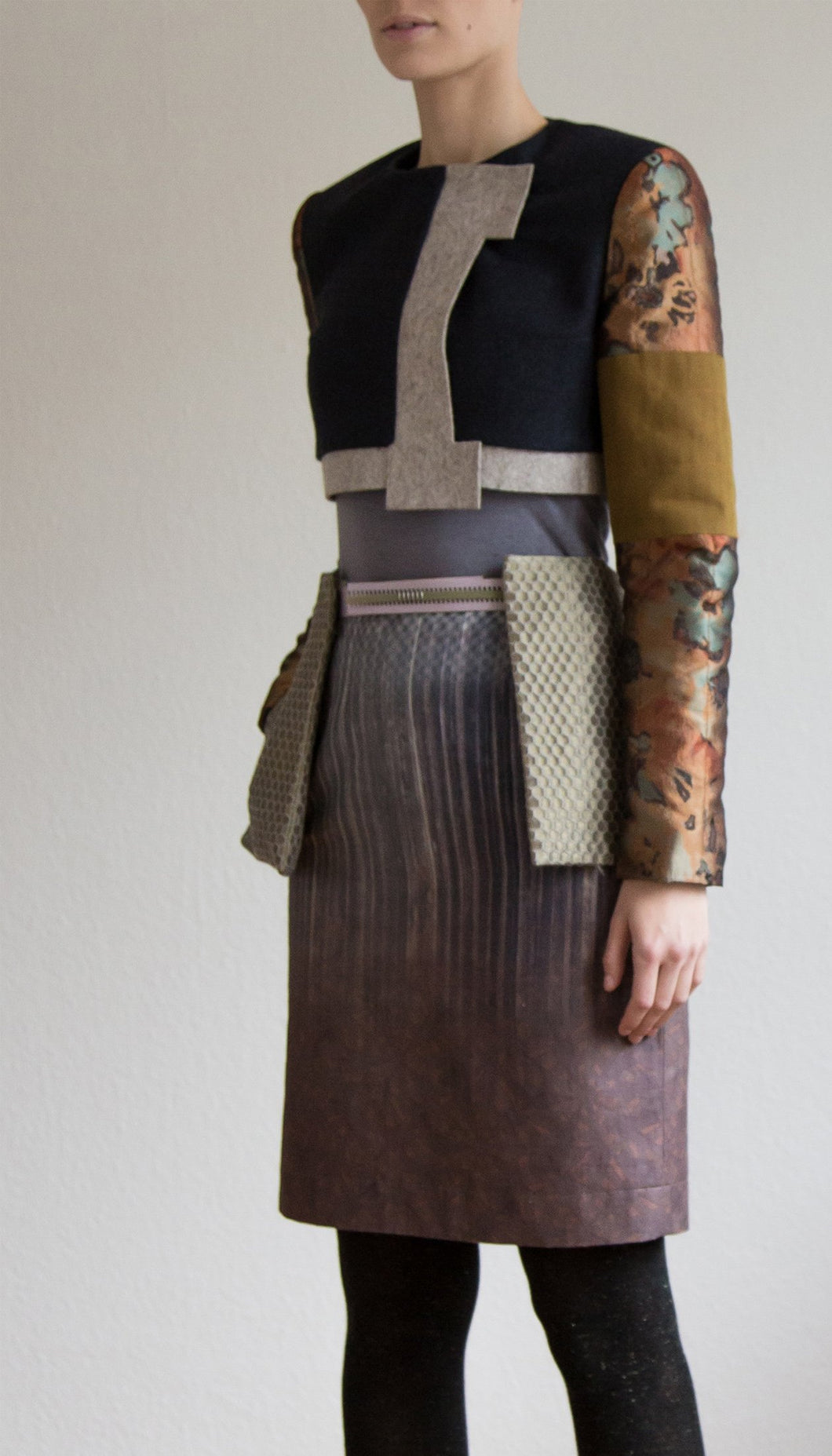 Pencil skirt in grey/brown