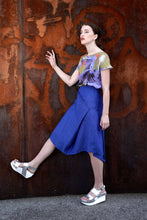 Laden Sie das Bild in den Galerie-Viewer, Skirt Modifiable  Linen Royal Blue