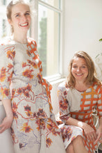 Laden Sie das Bild in den Galerie-Viewer, Sustainable Summer collection from Berlin