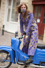 Laden Sie das Bild in den Galerie-Viewer, Purple Printed Blouse