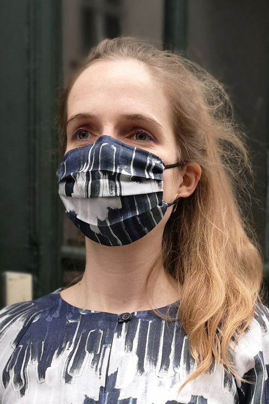 Organic Cotton Face mask printed with brush stripes by Clara Kaesdorf