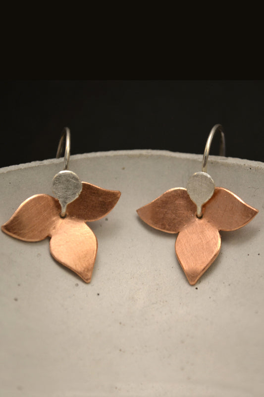 Floral Earrings Copper and Silver by Carolina Lutz