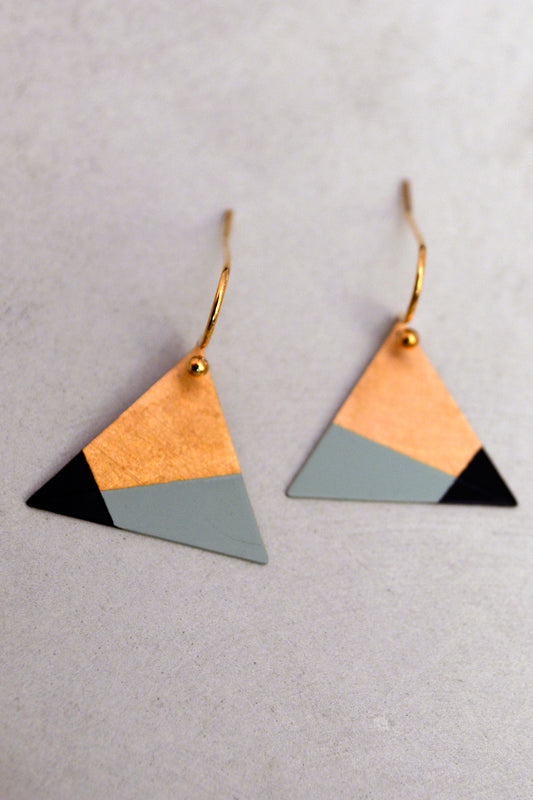 Triangle Earrings Mint / Black