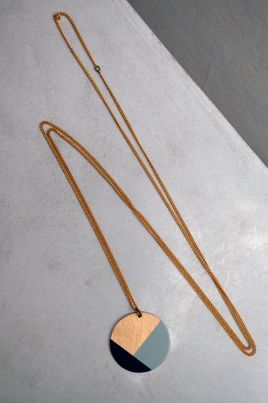 Color Blocking Circle Necklace