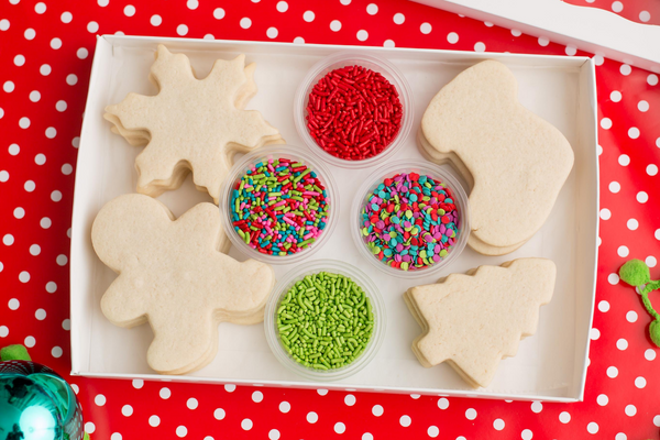 CHRISTMAS Cookie Decorating Kit (12 ct)