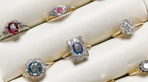 Vintage engagement rings vs new engagement rings