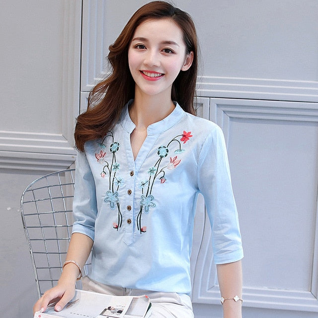 2017 new summer elegant fashion embroidered office lady shirt V-neck half sleeves casual loose women blouse top blusas 812F 30-teefury