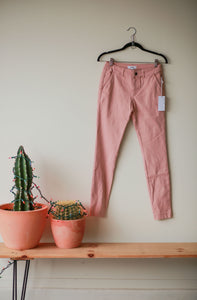 The Charlee Skinny Jean, pink or black