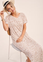 Valencia casual, leopard print, faded t-shirt dress, rolled sleeves, v-neck, Ivory