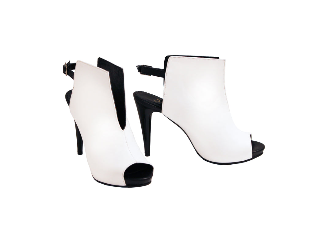 White Black In Leather - ANK Stiletto