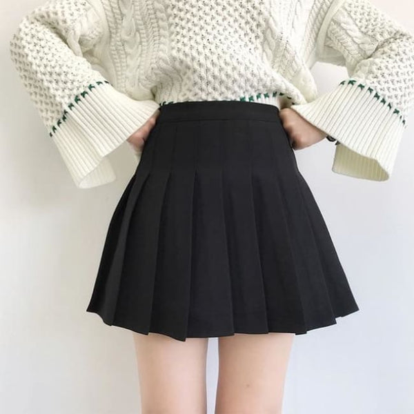Classic High Waist Pleated Mini Skirt (Sizes Xs-2X) - Black / L - Skirt