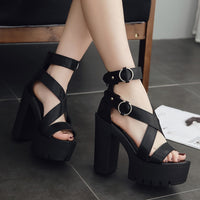 criss cross strappy ultra platform sandals - Sandals