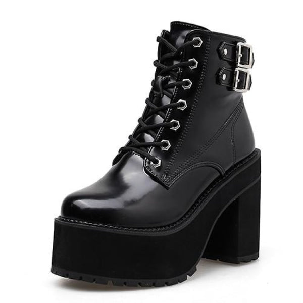 Hex Bolt Patent Lace-Up Ultra Platform Boots - Black / 5.5 - Boots