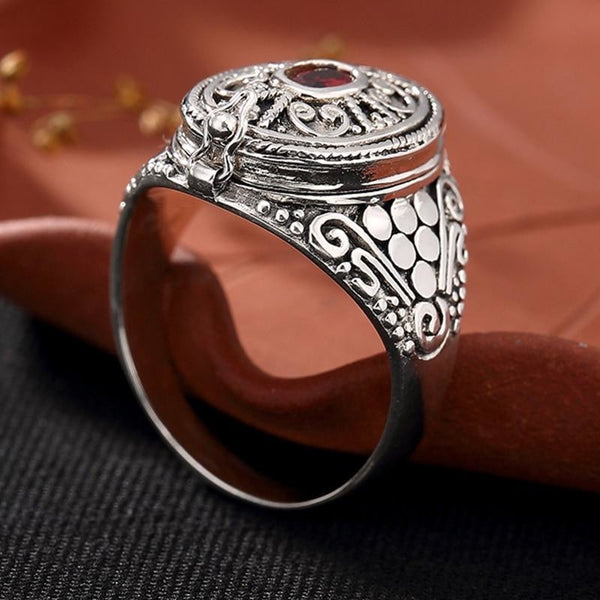 oval filigree sterling silver poison ring - Ring