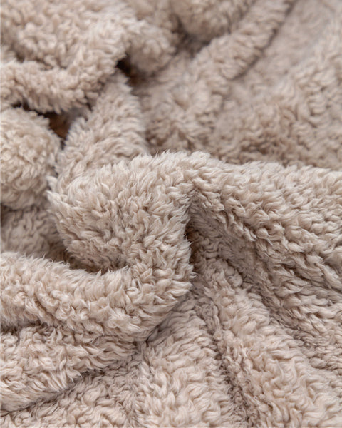 Pom Pom Fleece Throw Blankets