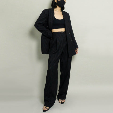 VINTAGE OSCAR DE LA RENTA WOOL PINSTRIPED PANT SUIT | BLACK | US 4
