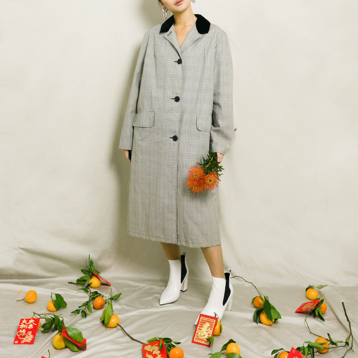1950's DEADSTOCK PLAID COTTON COAT WITH VELOUR COLLAR | BLACK/WHITE | S / M