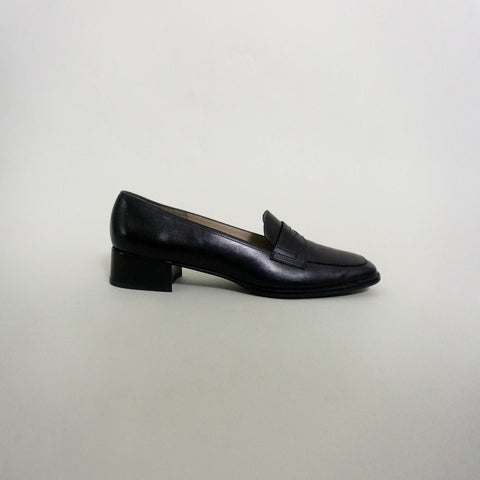VINTAGE SALVATORE FERRAGAMO PENNY LOAFERS | BLACK | US 8.5