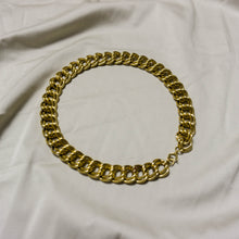 Load image into Gallery viewer, VINTAGE GOLD -PLATED DOUBLE CURB LINK CHOKER NECKLACE