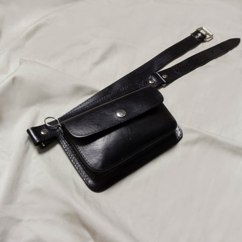 *REFURBISHED* 1980'S HANDMADE BLACK GENUINE LEATHER BELTED BAG | US 2-20