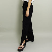Load image into Gallery viewer, RE-WORKED VINTAGE AUSTIN REED DRESS PANT | BLACK | US 4