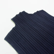 Load image into Gallery viewer, ISSEY MIYAKE PLEATS PLEASE TOP | NAVY | S