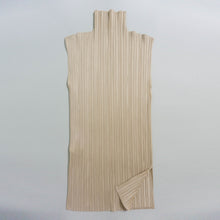 Load image into Gallery viewer, ISSEY MIYAKE PLEATS PLEASE TOP | BEIGE | S