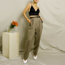 Load image into Gallery viewer, 1990's LAUREN RALPH LAUREN PLEATED, HIGH-WAISTED DRESS PANT | BROWN HEATHER | US 4 PETITE