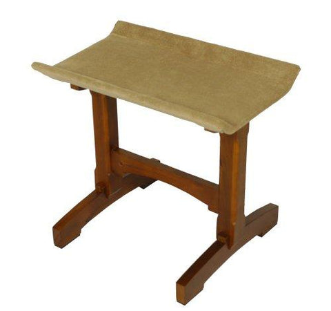 Mr. Herzher'S Feline Furnitue Single Seat, Early American Finish