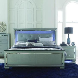 Allura Panel Bed W/ Led Lighting In Silver - Queen