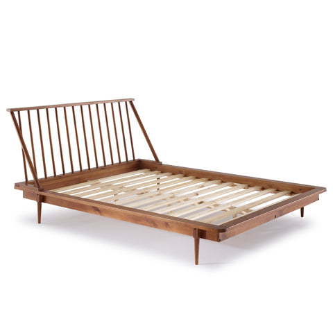Walker Edison Furniture Company Modern Wood Queen Spindle Bed - Caramel