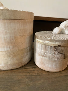 Whitewashed Round Wood Box Set W/Tassels
