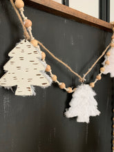 Load image into Gallery viewer, Cotton & Wood Beaded Garland-Natural