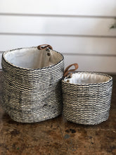 Load image into Gallery viewer, Set Of Jute Striped Baskets