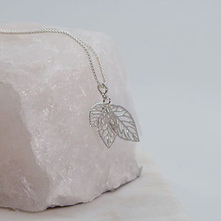 Triple Leaves Pendant Necklace