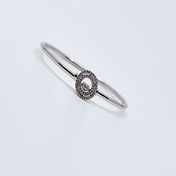 Dancing Diamond Bangle