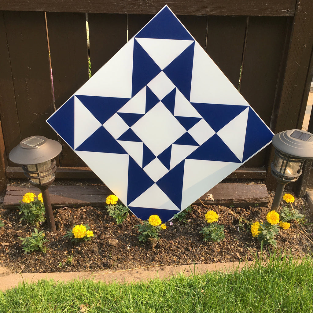 Royal Double Backyard Barn Quilts - Quilt Designs in the Yard
