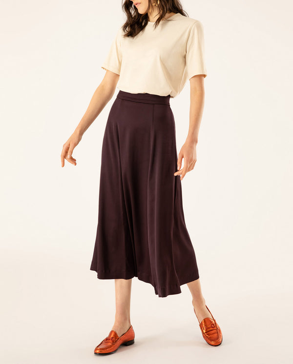 High-Waisted Midi Skirt Rouge Noir