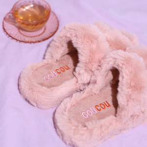 Coucou Fluffy Slippers | Cute pink fluffy slippers for your spa bathroom | The Coucou Club | 8719327227718