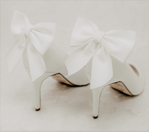 Suede White High Heel Pump Wedding Shoes for  Brides with Removable bow