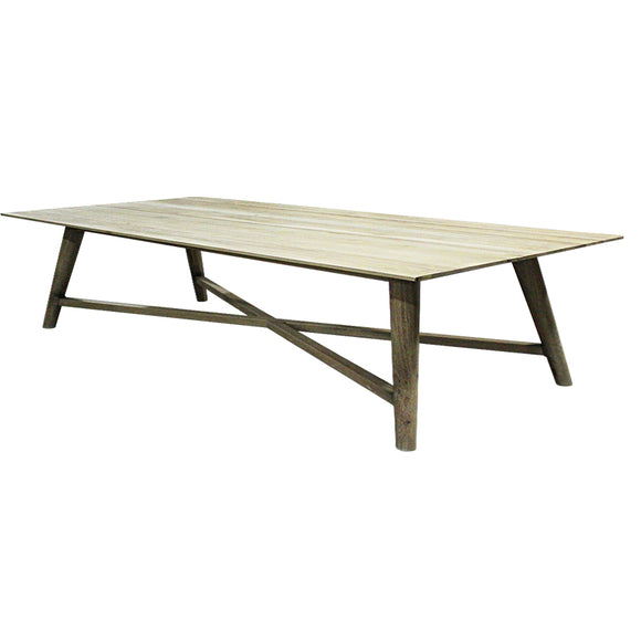 Vaste Dining Table