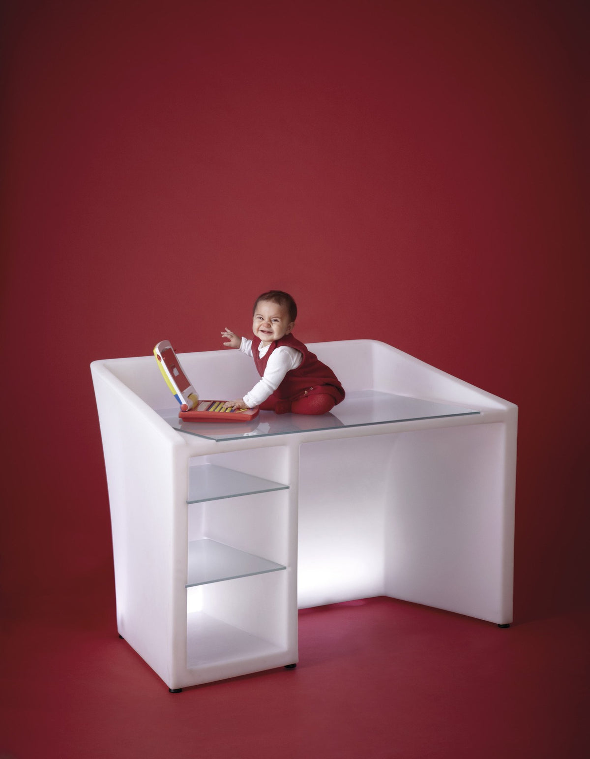 Kanal Desk-Slide-Contract Furniture Store