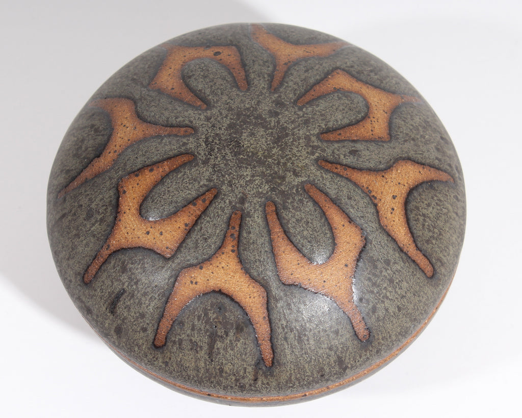 Richard Tuck Signed Studio Pottery Round Small Box