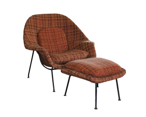Eero Saarinen Mid Century Modern Womb Chair and Ottoman