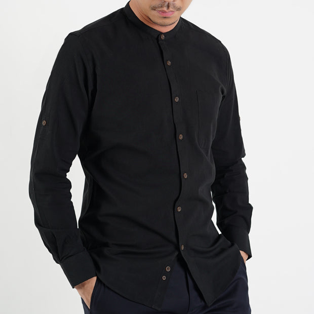 The Mandarin Slim Fit Shirt in Black