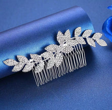 Load image into Gallery viewer, Crystal hair combs