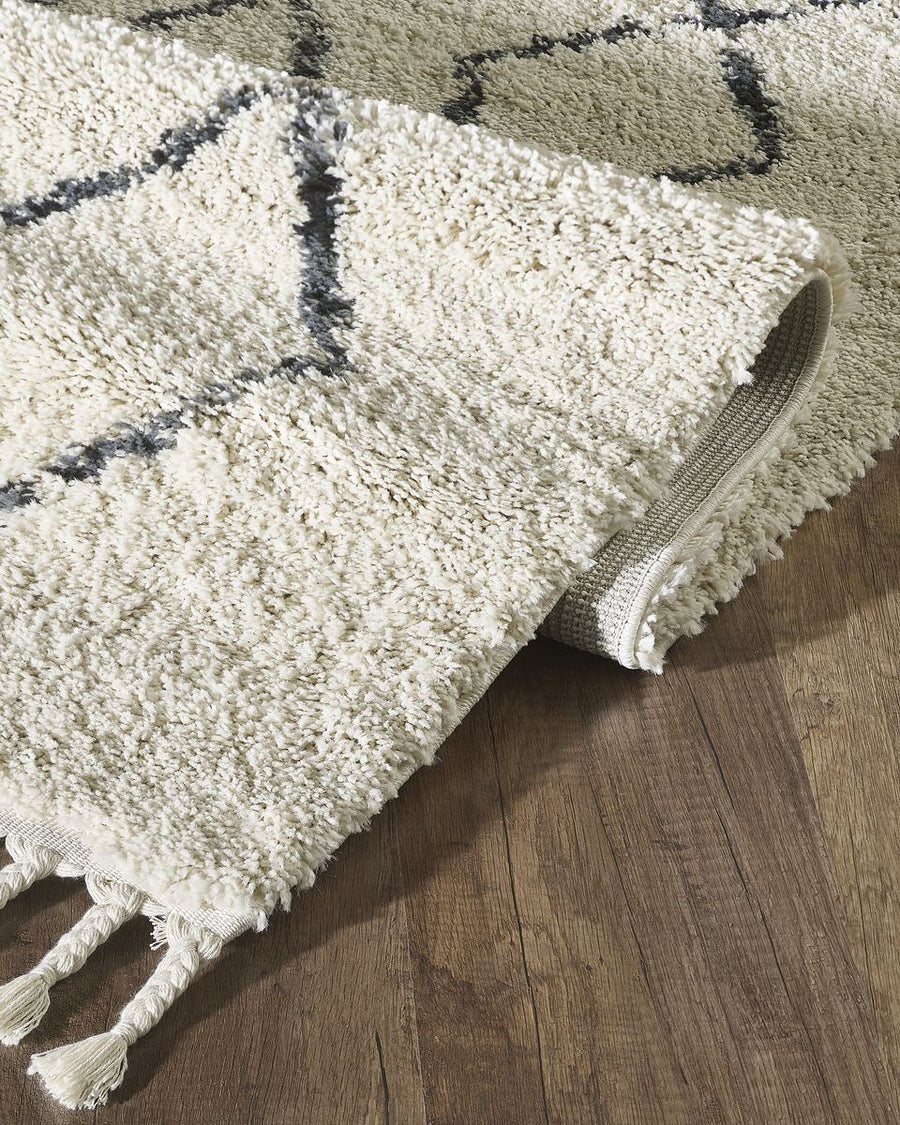 Riley Diamond Shag Rug